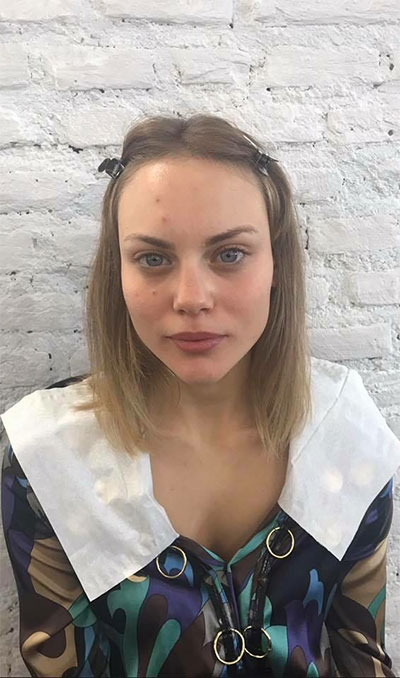 Makeup Carol modella